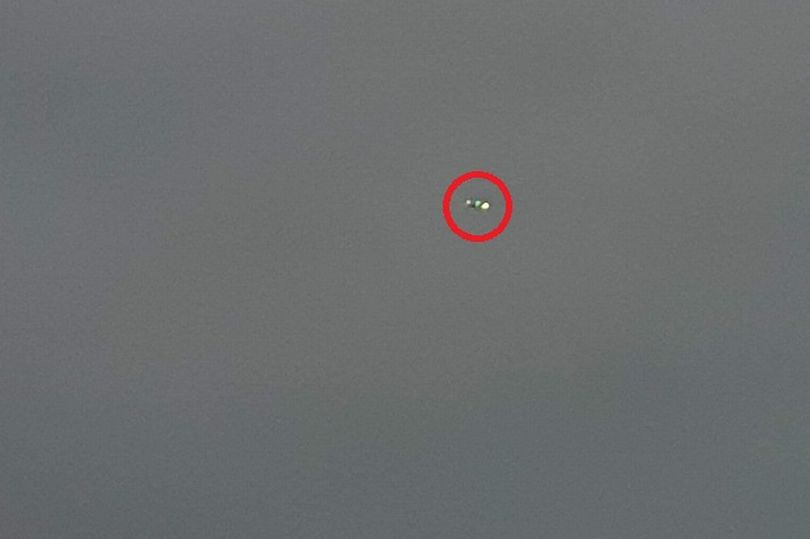 More 'UFOs' Spotted over Hull, UK