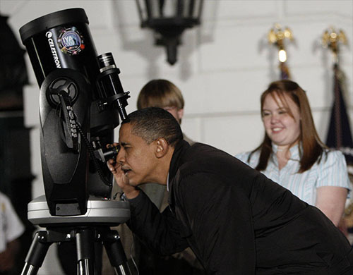 President Obama Says He'll 'Let Us Know' When Aliens Get in Touch