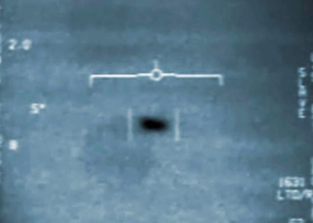 Top Physicist Claims USS Nimitz UFO 'Time Travelled'