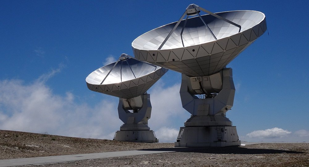 Radio Source from Distant Galaxy Sending Signals 'Like Clockwork'