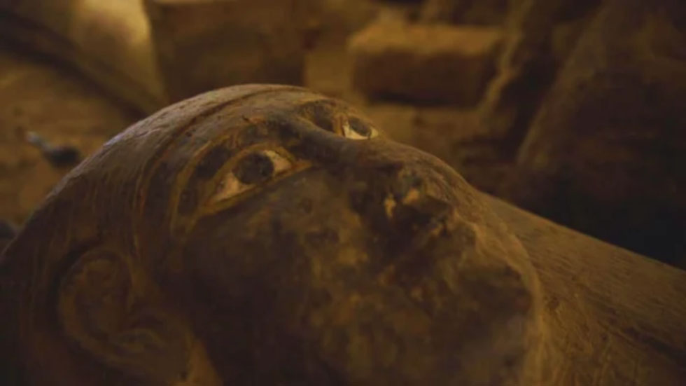 Egyptologists Discover Thirteen Sealed Ancient Coffins
