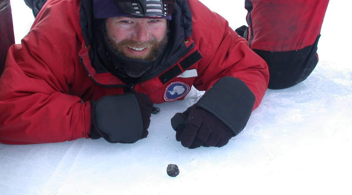 Ancient Meteorite Found in Antarctica Holds 'Key' to Life Mystery