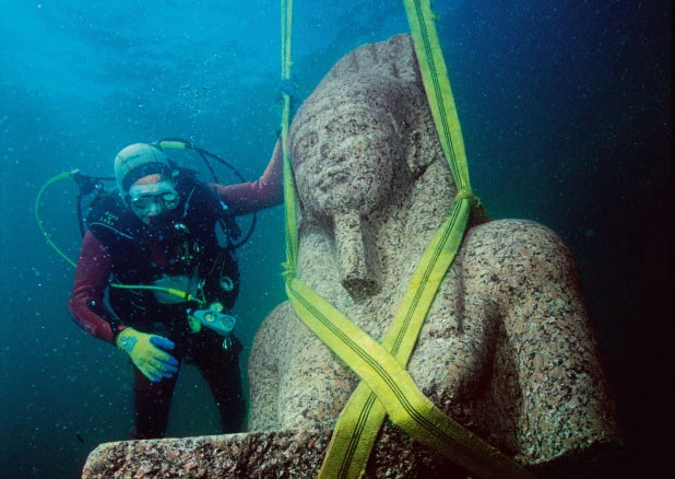 Mysterious Temple and Treasure Found in 'Egyptian Atlantis'