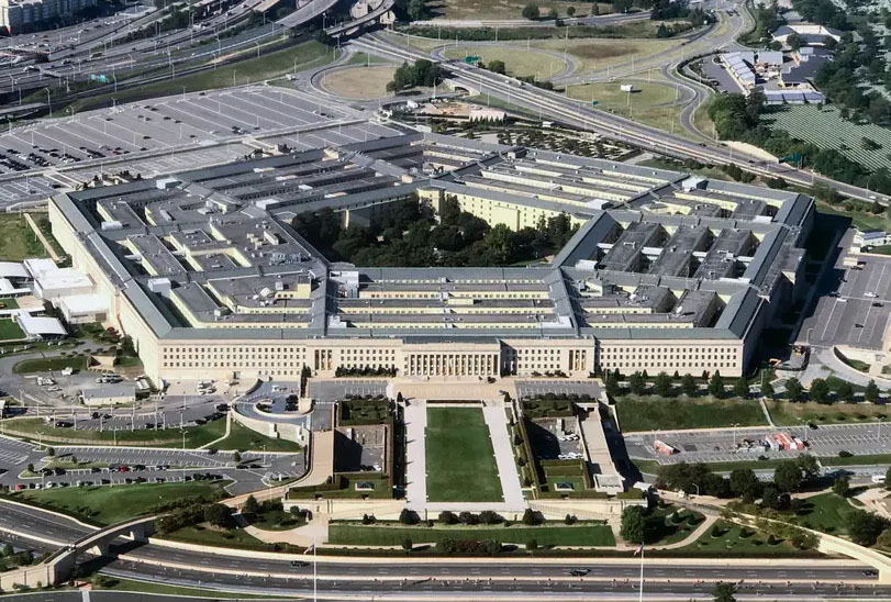 Mysterious Florida Firm Took over Pentagon Internet Servers