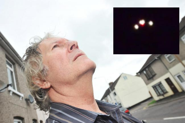 Triangular UFO Recorded in the Skies of Swindon