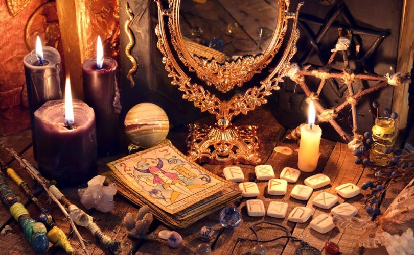 Survey Shows Witchcraft Rising in US as Christianity Declines