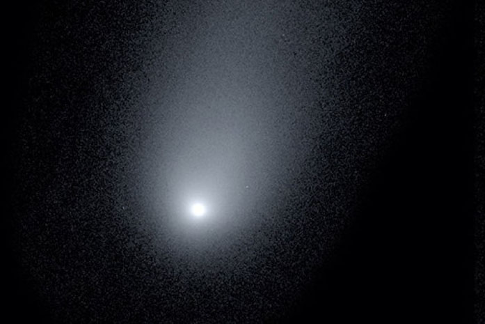 Astronomers Reveal Stunning New Image of Interstellar Comet